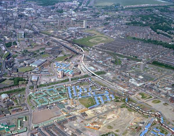 Aerial view of Byker, Newcastle upon Tyne, UK, 1978 (photo)