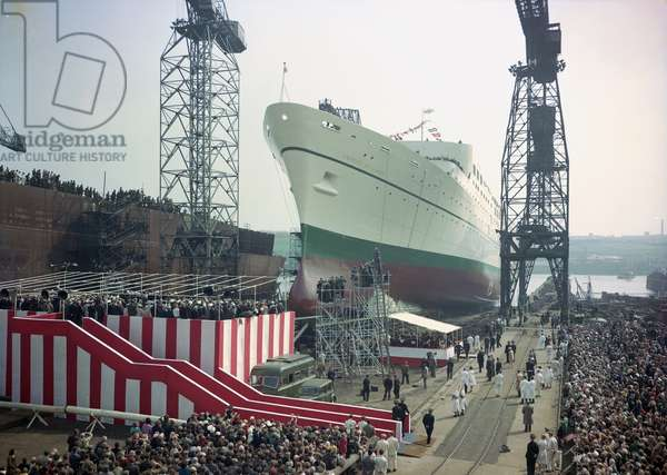 Launch of the passenger liner 'Empress of Canada', Newcastle, UK, 1960 (photo)
