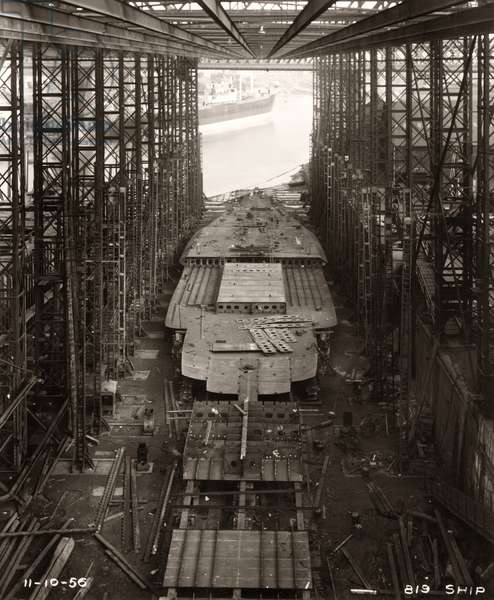Work continues on the double bottom of 'Northbank' at the shipyard of William Doxford & Sons, Sunderland, 11th October 1956 (b/w photo)