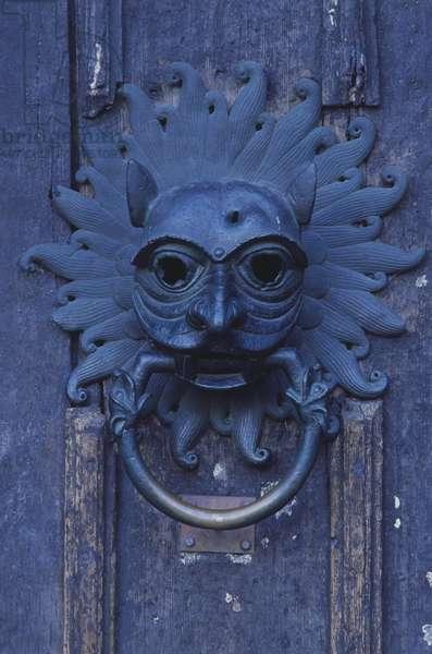 Heurtoir de la porte menant a la cathedrale de Durham - Great Britain, England, Northumbria, Durham, knocker for door leading to Cathedral sanctuary, close up. ©Joe Cornish/Dorling Kindersley/UIG/Leemage