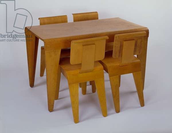 Isokon Dining Table, 1936 (plywood) (see also 420554 and 420557)