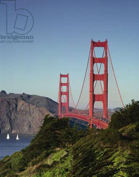 Golden Gate Bridge (photo)