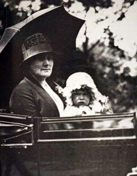 Queen Elizabeth The Queen Mother, with the infant Princess Elizabeth