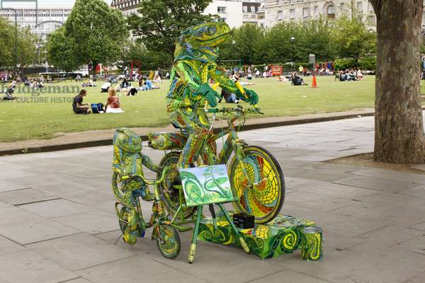 Street Performer, London (photo)