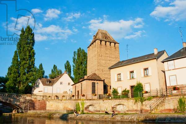 Covered Bridges With Medieval Watchtowers, Strasbourg, France (photo)