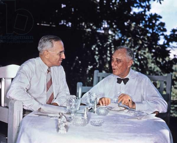 US President Frankin Roosevelt and Vice President Harry Truman