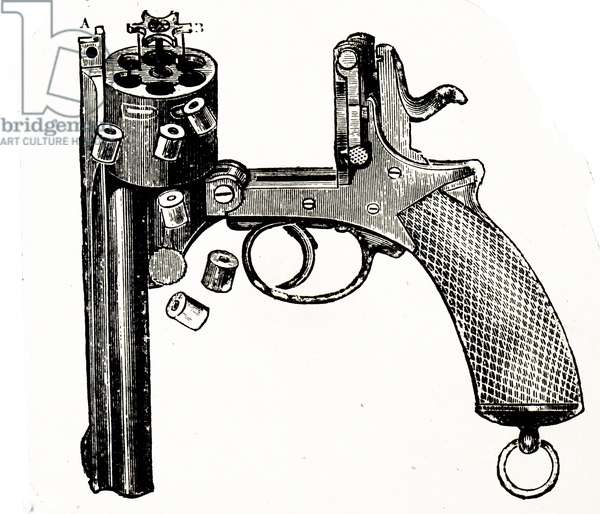 Revolver with an extractor