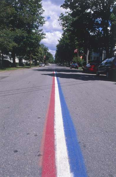 USA, New England, road markings commemorating July 4th, Independence Day