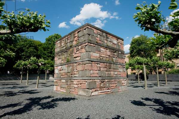 Memorial to the Borneplatz Synagogue, Destroyed During the Kristallnacht Or November Pogrom in 1938, Frankfurt Am Main, Germany (photo)