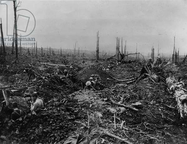 A communication trench, 1916 (b/w photo)