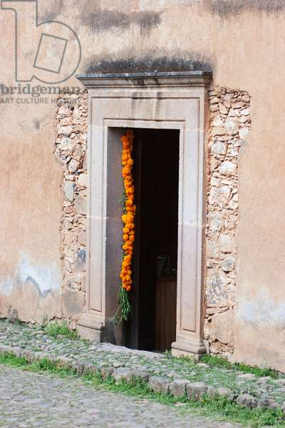 Door Decorated With Marigolds For the Day Of The Dead (photo)