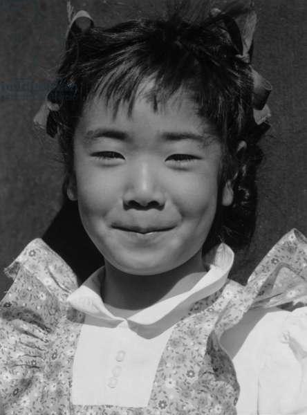 Louise Tami Nakamura, Manzanar Japanese American Internment Camp, California, 1943 (b/w photo)