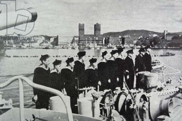 Norwegian naval destroyer 'Stord' entering Oslo Harbour, 1945