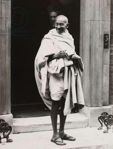 Mahatma Gandhi on the steps of 10 Downing Street, 1931