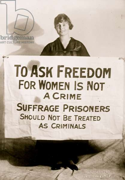 Suffragette Lucy Branham with Posters 1919 (photo)