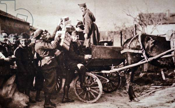 World War Two: French soldiers with supplies at the frontline