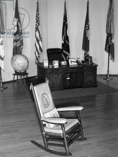 The famous rocking chair of President John Fitzgerald Kennedy, his desk and other memorabilia on display. Milan. 1965.