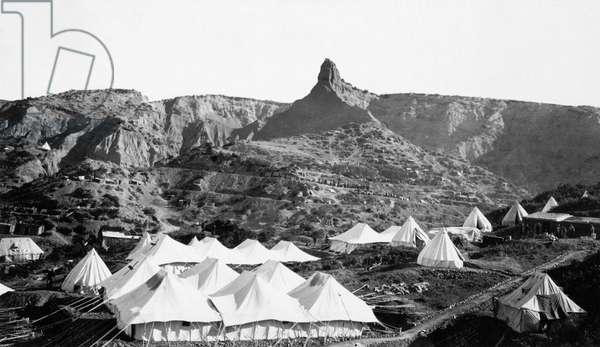 Anzac Tent Camp below the Sphinx (b/w photo)