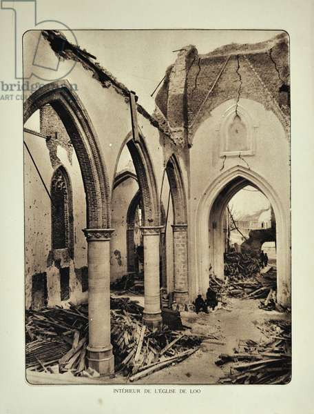 The church at Lo in ruins after bombardment in Flanders during the First World War, Belgium ©UIG/Leemage