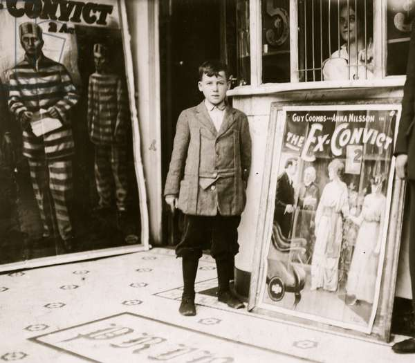 Brown McDowell 12 year old usher in Princess Theatre. 1914 (photo)