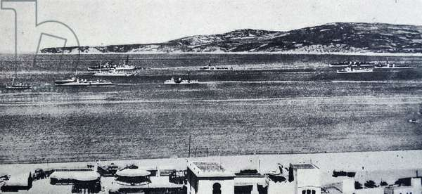 Photograph of the port of Tánger during the Spanish Civil War