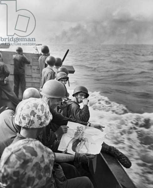 WWII Marines In South Pacific (b/w photo)