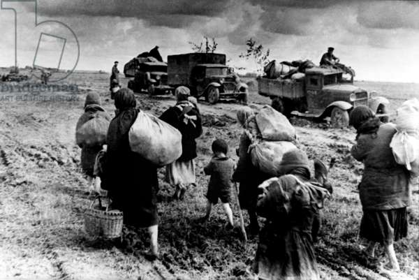 World War 2: USSR, as the Front has Come Nearer, Inhabitants Leave their Homes, Refugees.