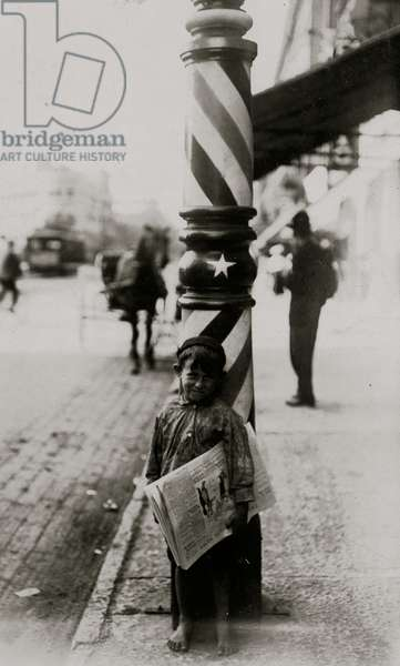 """A Little """"Shaver,"""" Indianapolis Newsboy, 41 inches high. Said he was 6 years old. 1909 (photo)"""
