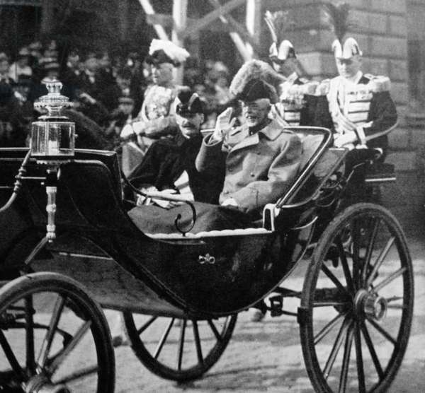 King Haakon VII of Norway and King Gustaf V of Sweden