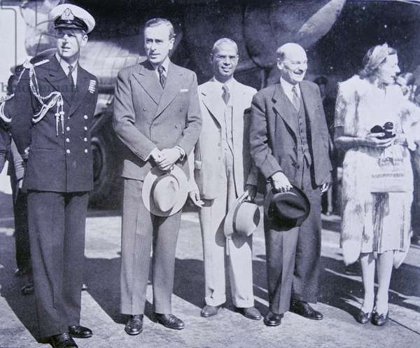 Lord and Lady Mountbatten arrive back from India