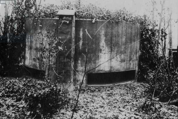 Pillbox at Champagne, 1916 (b/w photo)