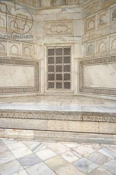 Views of the Taj Mahal, 2000