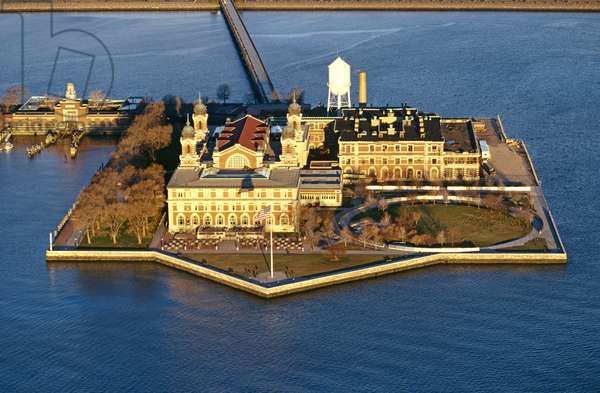 Aerial view of Ellis Island, New York, North America (photo)
