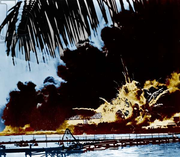 Pearl Harbour naval base and U.S.S. Shaw ablaze, 1941