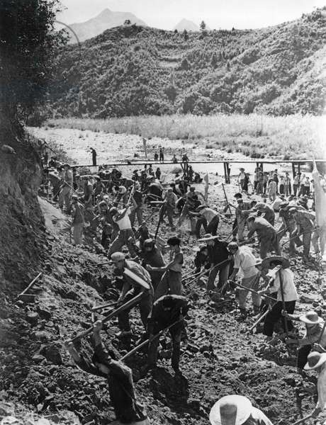 People'S Liberation Army on a Visit to the Huangshantung Brigade in Kwangtung Province Work with Commune Members to Dig a Canal, November 1968, China, Cultural Revolution.