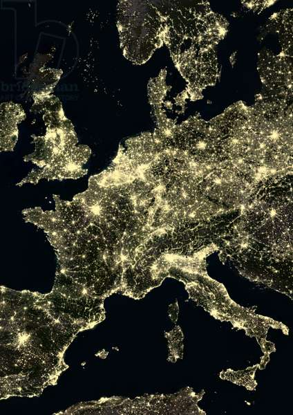 Part of Western Europe at night in 2012 (photo)