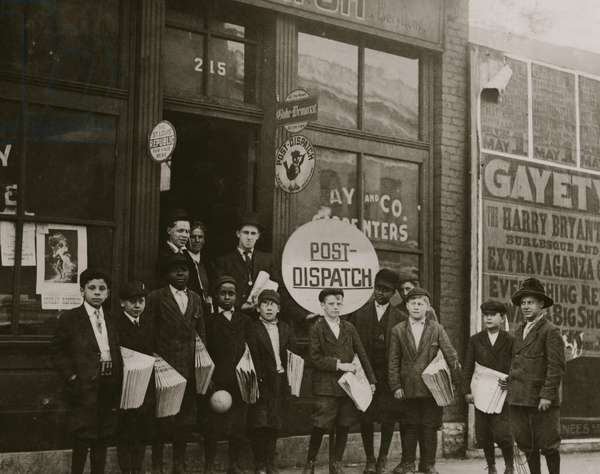 Post Dispatch Newspaper Depot where Newspaper boys pick up their papers. 1910 (photo)