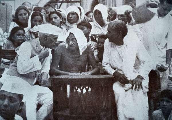 Gandhi and Jawaharlal Nehru addressing refugees from the Punjab at a camp in Hardwar