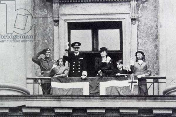 Norwegian Royal Family, 1945