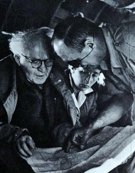 David Ben Gurion talks with General Dayan on an aircraft during the 1956 Suez War