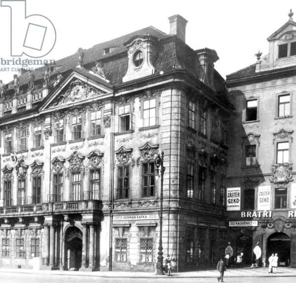 View Of Kinsky Palace At Prague Old Town Square (Staromestske Namesti) With The Shop Of Hermann Kafka, Father Of Franz Kafka, In The Right Corner. Photo Was Taken In The 1920S.