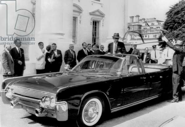 Custom Lincoln Limo For JFK (b/w photo)