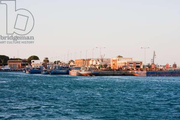 Port Facilities, Suez, South Sinai, Egypt (photo)