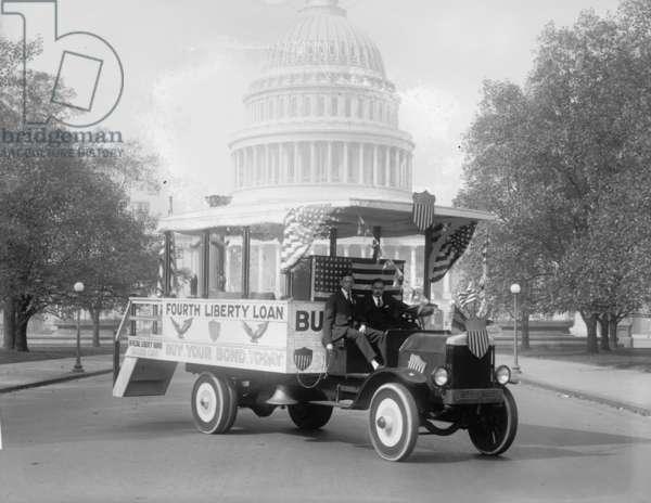 Fourth Liberty Loan Truck 1919 (photo)