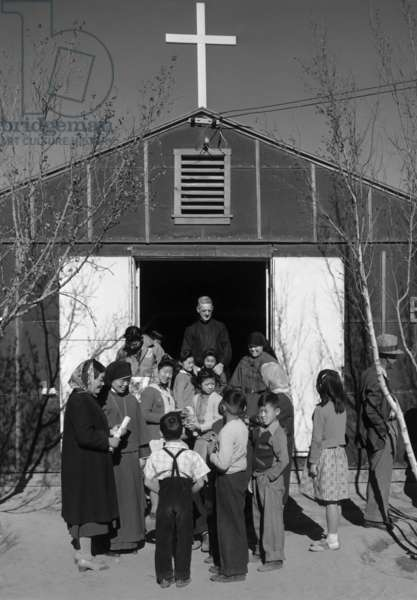 Entrance, Catholic chapel, Manzanar Relocation Center, California, 1943 (photo)