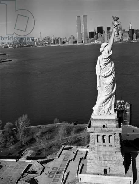 The Statue of Liberty and a Northeast view of the World Trade Center, 1978 (b/w photo)