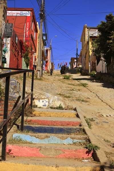 Colourful Alley, Valparaiso (photo)