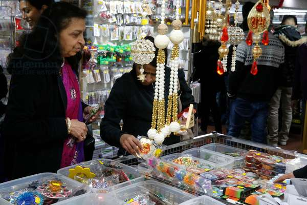 Shop on Belgrave Avenue, the Golden Mile, Leicester during Diwali festival, Great Britain, 2015 (photo)