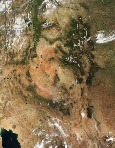 Four Corners region of southwest United States. Forest-covered Rocky Mountains, which still have snow-covered peaks, running through Colorado and into New Mexico. True-colour satellite image. Credit NASA.