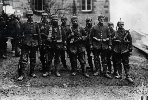 Western Front '15, Germany - France, 1915 (b/w photo)